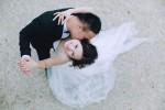 Đẹp mê hồn bộ ảnh cưới với bãi cát lạ sau cơn bão của cặp đôi Nghệ An