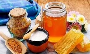 mật ong giúp trị mụn hiệu quả