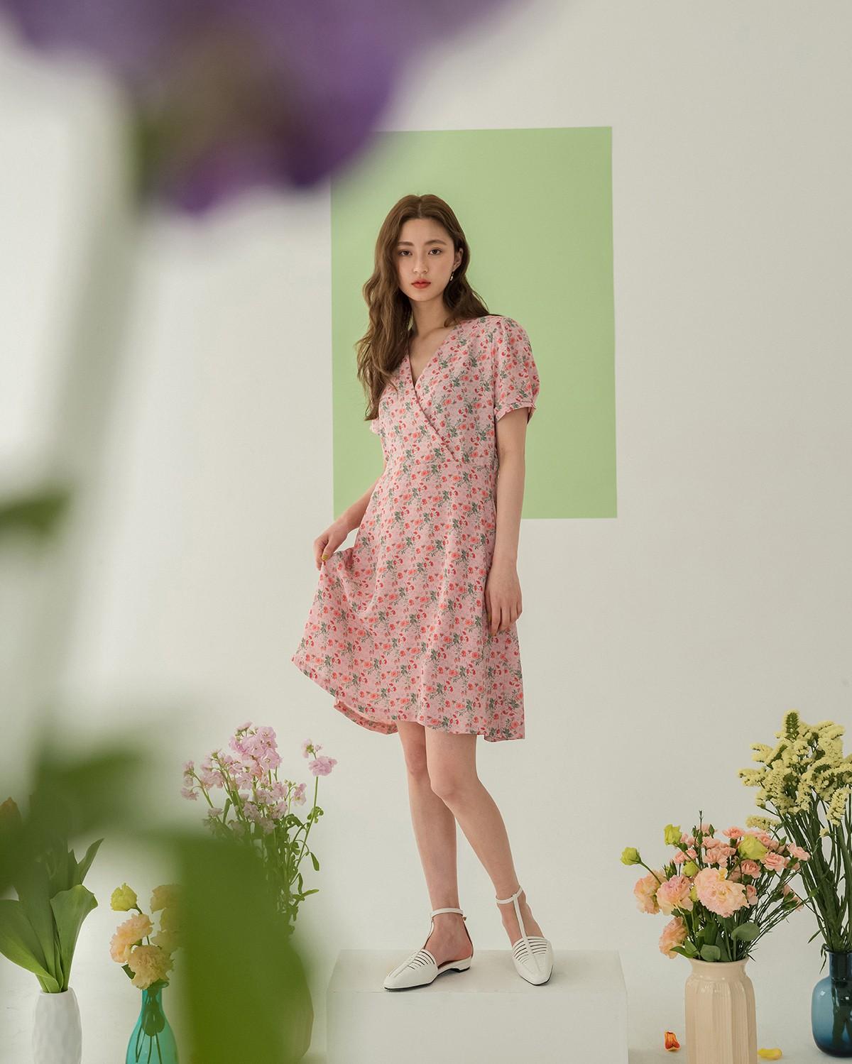 """Điểm danh những kiểu váy hoa cực trendy cho cô nàng """"bánh bèo"""" - ảnh 2"""