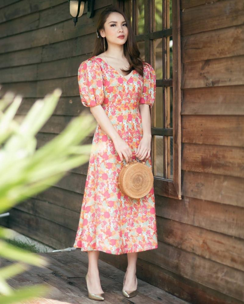 """Điểm danh những kiểu váy hoa cực trendy cho cô nàng """"bánh bèo"""" - ảnh 4"""